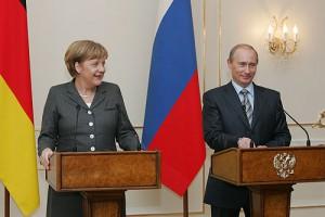 Vladimir Putin and Angela Merckel