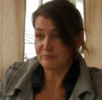 Dr Ann-Charlotte Stewart kritisk till läkemedelsbolagen och vaccin mot livmoderhalscancer (Gardasil)