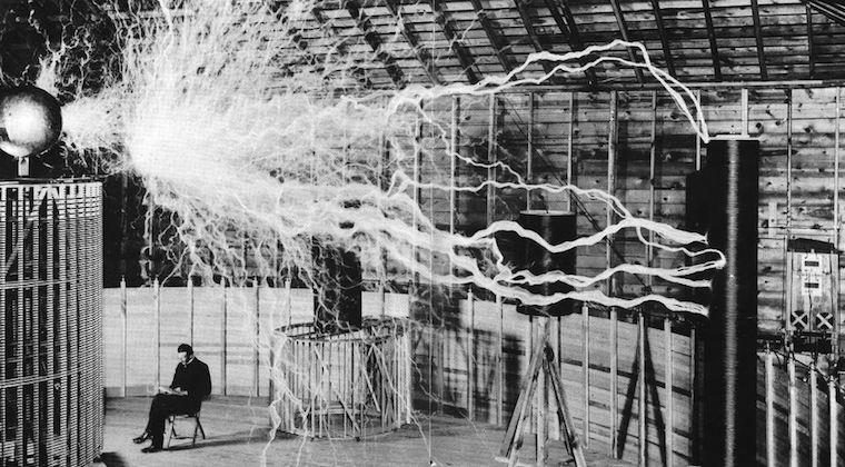 Nikola Tesla - Fotograf okänd