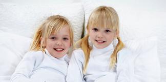 Tvillingar Foto: crestock