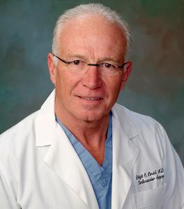 Doktor Dwight Lundell