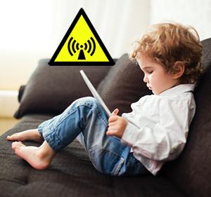 barn-surfplatta-varning