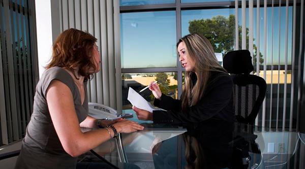 Anställningsintervju - Foto: Crestock.com