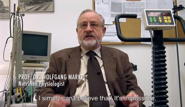 Dr Wolfgang Marktl är inte luftarian