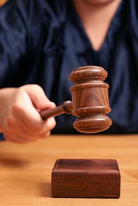 Judge-court-domstol-Crestock