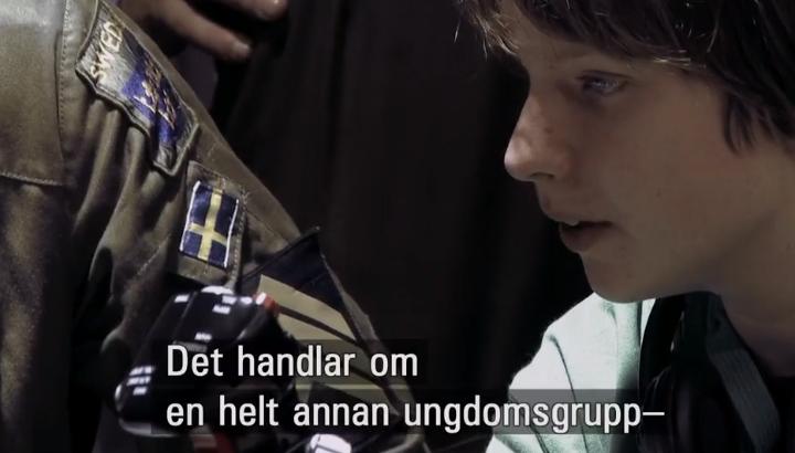 Dokumentär: Död på distans - svensk soldat med pojke - Foto: Tonje Hessen Schei