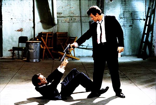 """Filmen: """"Reservoir dogs"""" - Mexican standoff mellan Bonniertidningen KIT och Granskning Sverige"""