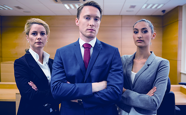 Myndighet - advokater - Crestock