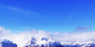 Mountain peaks, glaciers - Foto: Crestock.com