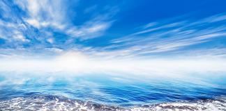 waves beach - Crestock.com