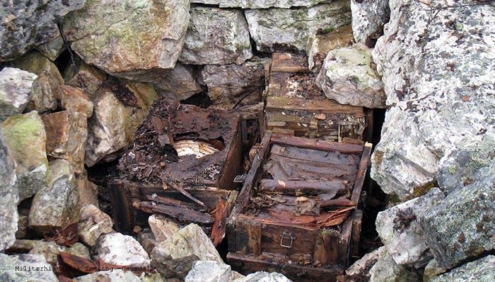Ett vapenlager för Stay behind hittades i ett stenröse i Norge