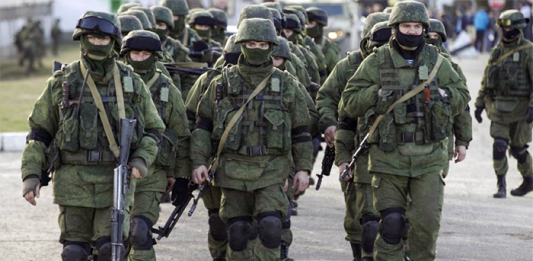 Ryska förband marscherar in på Krim