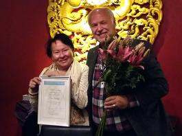 Åsa Simma och ordförande Börje Peratt - Foto: Torbjörn Sassersson, NewsVoice