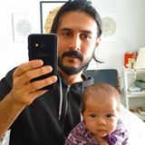 Mehdi Nodehi - Facebook, selfie