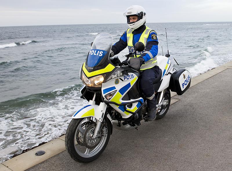 Svensk polis - Foto: pressfoto,   Polisen.se