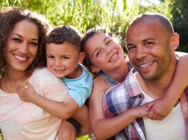 En trygg familj med basinkomst