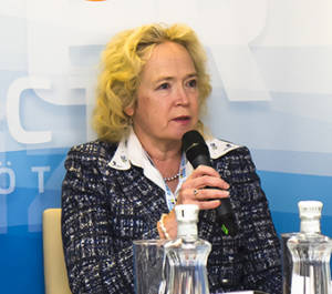 Jaana Husu-Kallio (EFSA chair) and Permanent Secretary, Ministry of Agriculture and Forestry, Finland