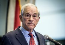 Ron Paul - Foto: David Carlyon, Wikimedia Commons