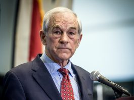 Ron Paul - Foto:David Carlyon, Wikimedia Commons