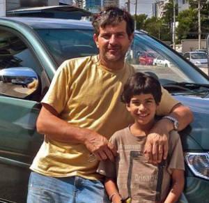 Stefan Mudry med sin son - privat foto