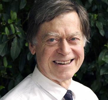 Dr John Piesse varnar för vaccinrisker