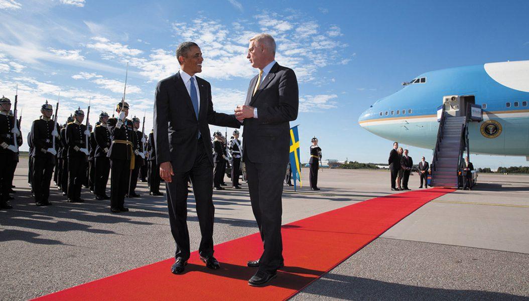 Barack Obama och Carl Bildt, Arlanda 2013 - Foto: Pete Souza, Vita husets fotograf