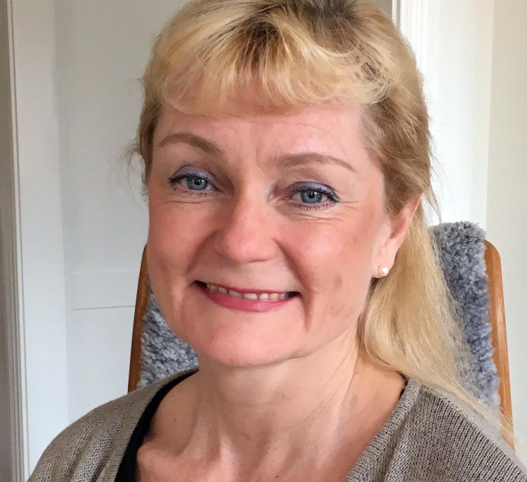 Dr Åse Victorin