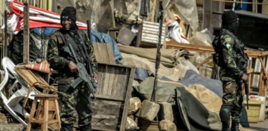 Soldiers in Bamenda - Foto: Cameroononline.org