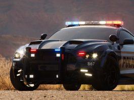 Barricade Ford Mustang Police Car - Källa: MichaelBay.com