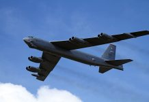 Boeing B-52H Stratofortress - Foto: Ronnie Macdonald, Wikimedia Commons, CC 2.0 Generic