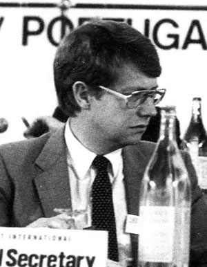 Bernt Carlsson (S) - Foto: Pentti Väänänen, Wikimedia Commons, CC BY-SA 3.0