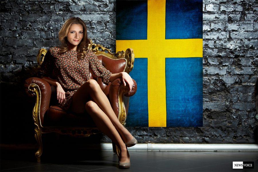 Katerina Janouch som statsminister 2018 - Kollage: NewsVoice.se baserat på foton från Thron Ullberg (Wikimedia Commons) och Crestock.com