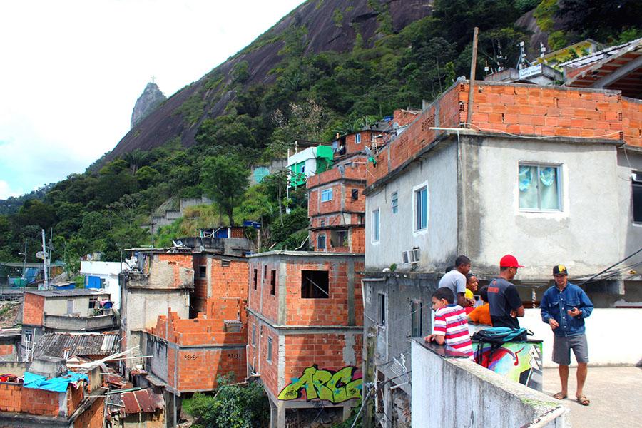 Rio De Janeiro, Favella Santa Marta - Foto: Dany13, CC BY 2.0, Flicker