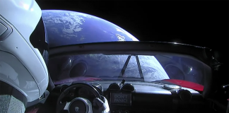 Starman i en Tesla Roadster - Foto: SpaceX