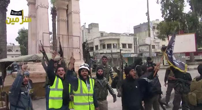 """De """"Vita hjälmarna"""" vid sidan av terrorister"""