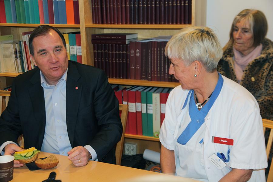 Stefan Löfven lämnar ingen plats för alternativvården