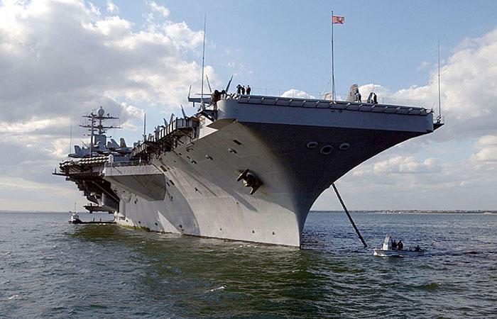 USS Harry Truman - Foto: Danny Ewing, US Navy, Wikimedia Commons, Public Domain