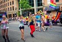 Edmonton Pride Parade 2011. Foto: Kurt Bauschardt, licens CC BY-SA 2.0