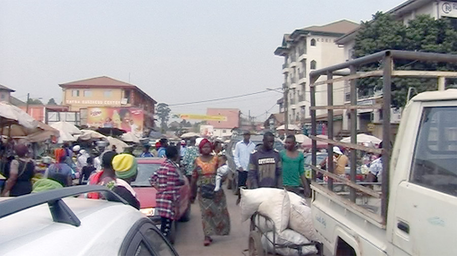 Busy Bamenda street in 2015 - Photo. NewsVoice.se