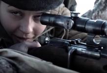"""Från filmen: """"Battle For Sevastolop"""". Foto på kvinnlig krypskytt från filmens trailer"""