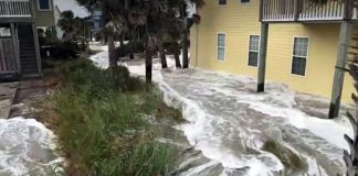 Hurricane Florence flooding on Sep 14, 2018. Eyewitness photo from Topsail Island. N.C