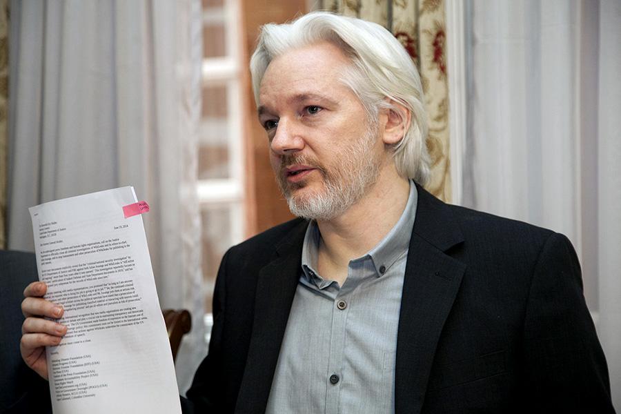 Julian Assange - Foto: Ricardo Pati Cancilleria del Ecuador. Licens: CC BY SA2.0, Wikimedia Commons