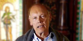 Dan Ahlmark, ekonomie licentiat samt jur.- och fil. kand. Foto: Realia Förlag. Retusch: NewsVoice.se