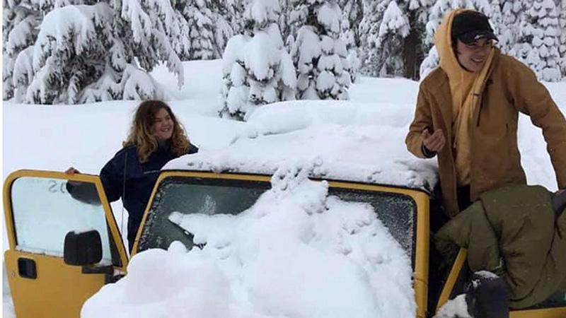 Paret satt fast i en Jeep Wrangler i fem dygn. Foto: Jason Logan (privat foto)