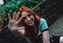 Rödhåriga har annan genetik. Foto: Wes Rocha. Licens: Pexels.com (free use)