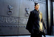 Skådespelaren Jet Li i filmen Hero från 2002. Skärmdump.