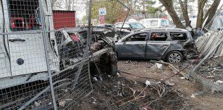 Vinsta-explosionen var ett bombattentat, uppger anställda. Fotot visar hålet efter explosionen. Foto: NewsVoice.se