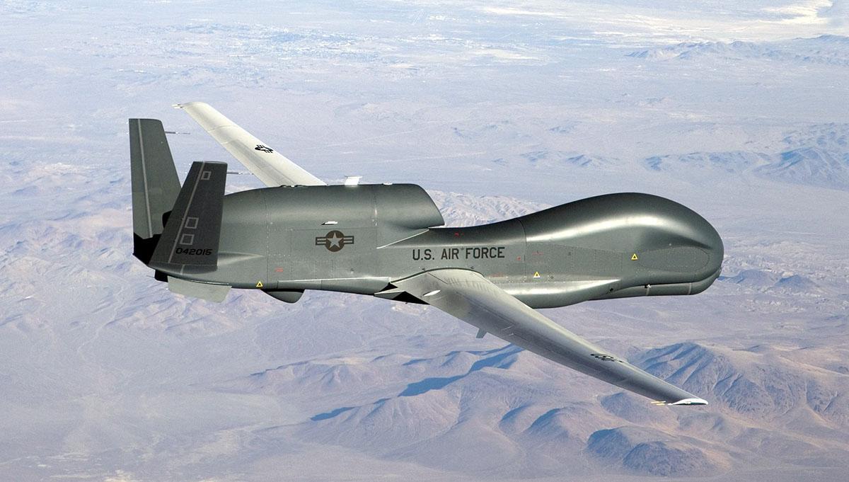 NATO:s superdrönare RQ-4D Global Hawk övervakar hela Europa - NewsVoice