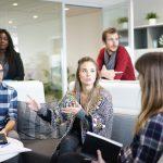 Office meeting - Foto: FreePhotos.com. Licens: Pixabay.com (free use)