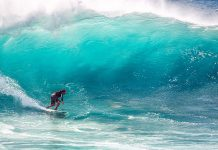 Big wave surfing. Foto: Kanenori